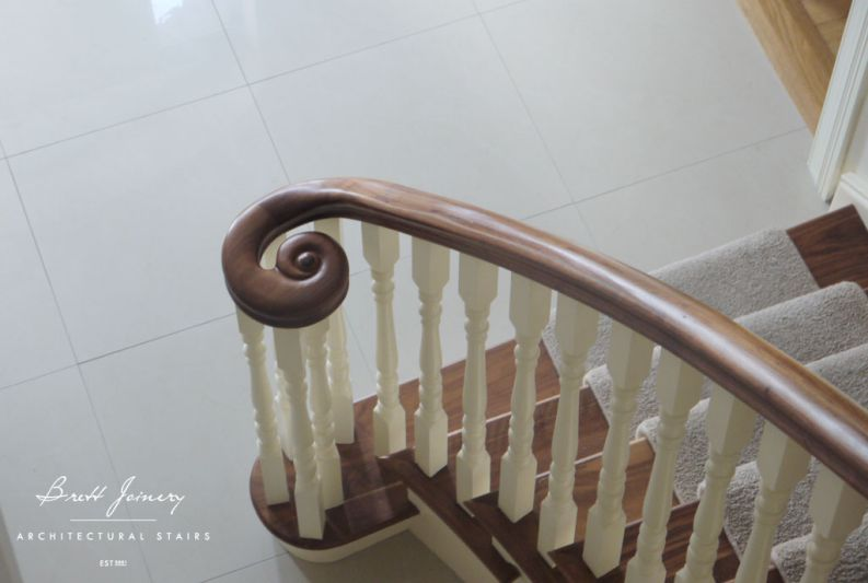 Flared walnut handrail 2